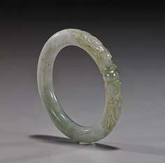 Buy online, view images and see past prices for Antique Chinese Carved Jadeite Bangle Bracelet. Raw Crystal Jewelry, Jade Jewelry, Stone Jewelry, Jewelry Sets, Jewelry Accessories, Jewelry Design, Silver Jewelry, Jade Bracelet, Bangle Bracelets