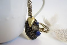 WIN this antique bronze floral locket at The Funky Monkey! Giveaway ends 1/8/13.