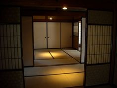 Japanese screen lattice, by fenianscat, via Flickr