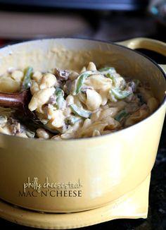 Philly Cheesesteak Mac N' Cheese | www.cookiesandcups.com