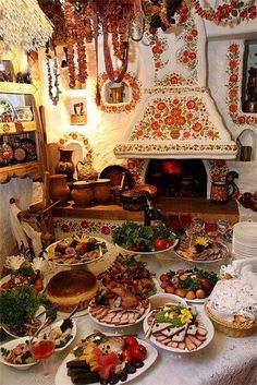 ) What a beautiful spread of Ukrainian food and the home tradition decor is just so cozy looking! Ukrainian Recipes, Ukrainian Art, Ukraine, Ukrainian Christmas, Ethno Style, European Cuisine, Classic Home Decor, My Heritage, Eastern Europe