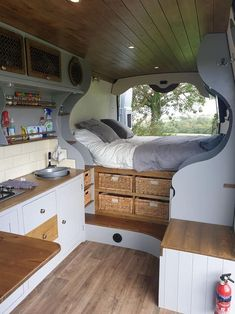 caravan interior 779193173018352434 - 19 Incredible Sprinter Camper – – Source by Vintage Campers, Camping Vintage, Vintage Trailers, Vintage Caravans, Vintage Travel, Interior Trailer, Campervan Interior, Camper Interior Design, Volkswagen Bus Interior