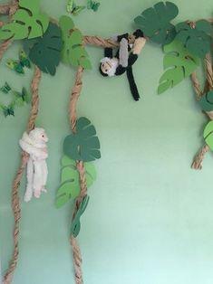 Lianas with monkeys, jungle! – Dschungel – Lianas with monkeys, jungle! Jungle Theme Classroom, Jungle Theme Birthday, Safari Theme, Classroom Decor, Jungle Theme Parties, Deco Jungle, Jungle Safari, Safari Animals, Decoration Creche