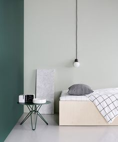 Tio table by Massproductions, Mass Light NA5 pendant by AndTradition. Styling by Susanna Vento, photo by Kristiina Kurronen.