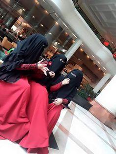 Munaqabbah in Red Abaya with Niqab