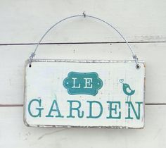 Cartel vintage | Le garden Decoupage, Wall, Porch Ideas, Home Decor, Vintage Posters, Salvaged Wood, Objects, Home, Manualidades