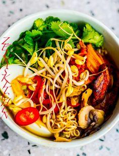 Coleslaw - ZEINAS KITCHEN Zeina, Cole Slaw, Ramen, Kimchi, Wok, Japchae, Dessert Recipes, Desserts, Ethnic Recipes