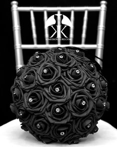 BLACK Flower Ball with BLING RHINESTONE GEMS. 12 Flower Ball is pictured with Rhinestone Gems.  BLACK Flower Ball made with PREMIUM Real Touch Roses. Add Bling Rhinestone Gems in roses or Pearl Brooches between the roses to add a little more bling to your special day! You will be amazed at how real Flower Ball Centerpiece, Bling Centerpiece, Black Centerpieces, Wedding Centerpieces, Mickey Centerpiece, Deep Red Wedding, Mauve Wedding, Peacock Wedding, Orange Wedding