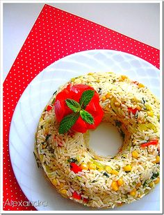 Colorful Rice (in Greek) Greek Recipes, Vegan Recipes, Cooking Recipes, Cake Recipes, Food Photography Styling, Food Styling, Appetizer Recipes, Appetizers, Little Chef
