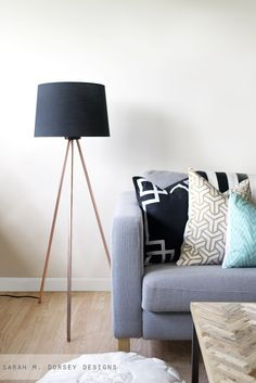 sarah m. dorsey designs: Knocktoberfest | Tripod Floor Lamp -- make this cool lamp - easy and cheap!