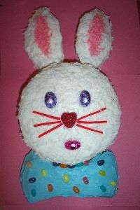 Bunny Cake....this is really fun to do with your kids and very easy to make! The children love it! :)