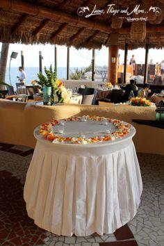 citrus-y cake table decorations