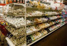 Hardware Organizer, Shelf Hardware, Merchandising Displays, Store Displays, Gondola Shelving, Bicycle Store, Variety Store, Warehouse Design, Store Layout