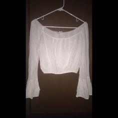 white off the shoulder crop top white crop top from pacsun, only worn a couple times, good condition but two small barely noticeable stains. can fit xs and s. make offers negotiable PacSun Tops Crop Tops