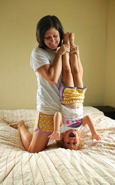 city gym shorts for mother and daughter - SO CUTE!! // a little gray