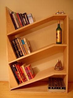 Bookshelves on The Owner-Builder Network  http://theownerbuildernetwork.co/wp-content/blogs.dir/1/files/bookshelves/Bookshelves-7.JPG