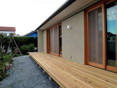 建築家:石間 均「牧之原の家」 Garage Doors, Outdoor Decor, Garden Ideas, Home Decor, Decoration Home, Room Decor, Landscaping Ideas, Backyard Ideas, Home Interior Design