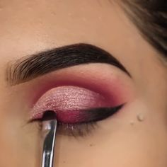Augen Make-up Tutorials! - Make up✨ - Eye-Makeup Eye Makeup Tips, Eyebrow Makeup, Skin Makeup, Makeup Inspo, Eyeshadow Makeup, Makeup Art, Makeup Inspiration, Makeup Style, Makeup Guide