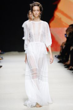Alberta Ferretti Spring Summer 2016 - Preorder now on Moda Operandi