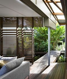 great nature integration!   Storrs Road by Tim Stewart Architects   Queensland, Australia