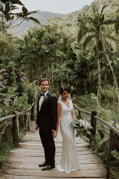 Glamorous Fiji Wedding at Garden of the Sleeping Giant