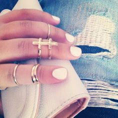 #myrings#nails#midirings#rippedjean#