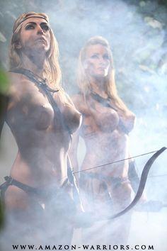 The Smoke Hunters Warrior Girl, Fantasy Warrior, Warrior Princess, Warrior Women, Amazon Warriors, Olaf, Fantasy Characters, Female Characters, Horror Artwork