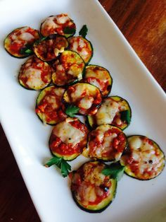 21 Day Fix Mini Zucchini Pizzas: Summer is coming - zucchini's will be out in full force!