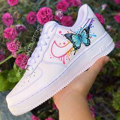 Butterfly Drip 🌈 by croissantcustoms Cute Nike Shoes, Cute Sneakers, Nike Air Shoes, Sneakers Mode, Sneakers Fashion, Custom Painted Shoes, Custom Shoes, Custom Design Shoes, Jordan Shoes Girls