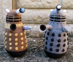 Dalek Amigurumi by Lucy Ravenscar Free Pattern: http://www.ravelry.com/patterns/library/dalek-amigurumi #TheCrochetLounge #DrWho Collection