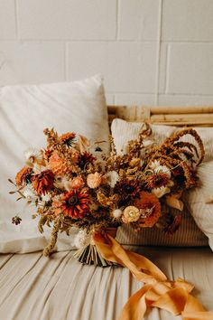 Floral Bouquets, Wedding Bouquets, Fall Wedding, Rustic Wedding, 100 Layer Cake, Elopement Inspiration, Real Flowers, Autumn Inspiration, Coffee Shop