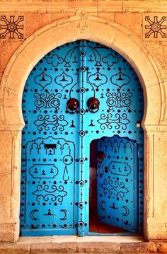Puerta tipo india con un color espectacular.