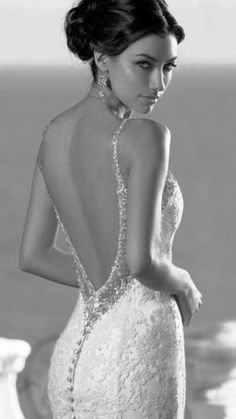 Perfect Bride, Elegant Chic, White Bridal, Black And White Pictures, Brides And Bridesmaids, Stunning Dresses, Shades Of Black, Female Models, Glamour