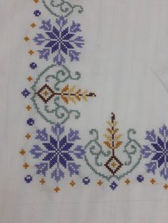 Cross Stitch Letters, Cross Stitch Borders, Cross Stitch Flowers, Cross Stitch Designs, Cross Stitching, Crewel Embroidery, Cross Stitch Embroidery, Embroidery Patterns, Stitch Patterns