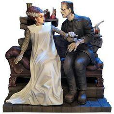 Bride of Frankenstein model kit from Moebius