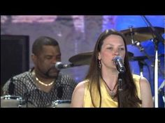"""Susan Tedeschi performs """"Lord Protect My Child"""" live at Farm Aid 2005 at the First Midwest Bank Amphitheatre in Tinley Park, Illinois on September 18, 2005."""