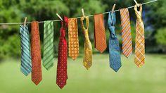 Deja descansar tus corbatas. Conoce nuestra nueva colección de corbatines para que luzcas diferente. www.macardi.com