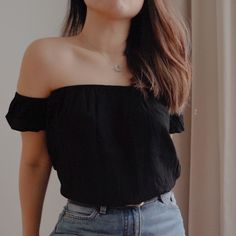 """🖤 Collection Two - Curated secondhand. The secondhand collection listed are all assessed to be in pristine condition. If you're interested, feel free to request for more images. 