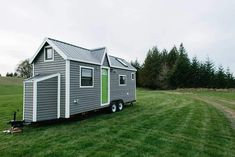 "A luxury tiny house on wheels in Portland, Oregon. Built by Tiny Heirloom."" – Tiny House Swoon See more of Tiny Heirloom 2 at Tiny House Swoon. To learn more about this home builder vis… Tiny House Kits, Tiny House Swoon, Best Tiny House, Tiny Houses For Sale, Tiny House Living, Tiny House Plans, Tiny House Design, Tiny House On Wheels, Little Houses"