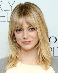 Shoulder length thin hairstyles for blonde hair color with highlights and bangs that matching for oval faces women