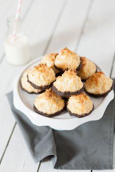 Rochers Noix de Coco Chocolat | Lilie Bakery http://liliebakery.fr/rochers-noix-de-coco-chocolat/
