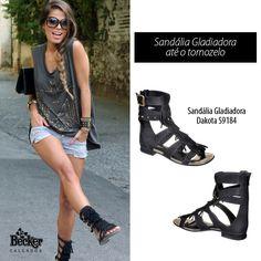Para as que adoram o modelo sandália gladiadora, mas são mais discretas, os modelos com tiras cruzadas na altura do tornozelo são a melhor opção