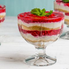 Fish Dishes, Tasty Dishes, Good Food, Yummy Food, Cookbook Recipes, Sweet Desserts, Original Recipe, Deserts, Strawberry