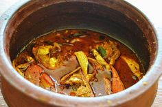 Spicy and flavorful kerala style crab curry to go with hot steaming rice.