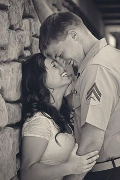 Military Engagement Shots : wedding corps engagement idea Repin & Like. Thank you . Listen to Noel songs. Noelito Flow.