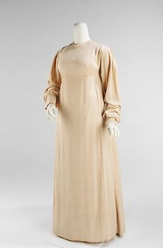Dress (image 1)   American   1810-15   silk    Brooklyn Museum Costume Collection at The Metropolitan Museum of Art   Accession Number: 2009.300.2781