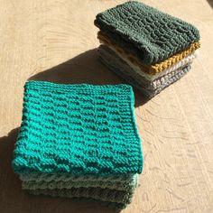 Forårsklude. Find opskriften under strikkeopskrifter.