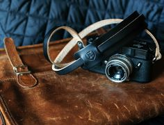 leather camera strap_black