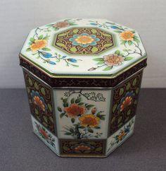 Vintage Daher Octagonal Asian Style Floral Tin