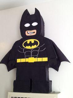 Batman by aldimyshop Fiesta Batman Lego, Lego Pinata, Lego Lego, Lego Batman Birthday, Lego Batman Party, Superhero Birthday Party, Batman Batman, Batman Logo, Ideas